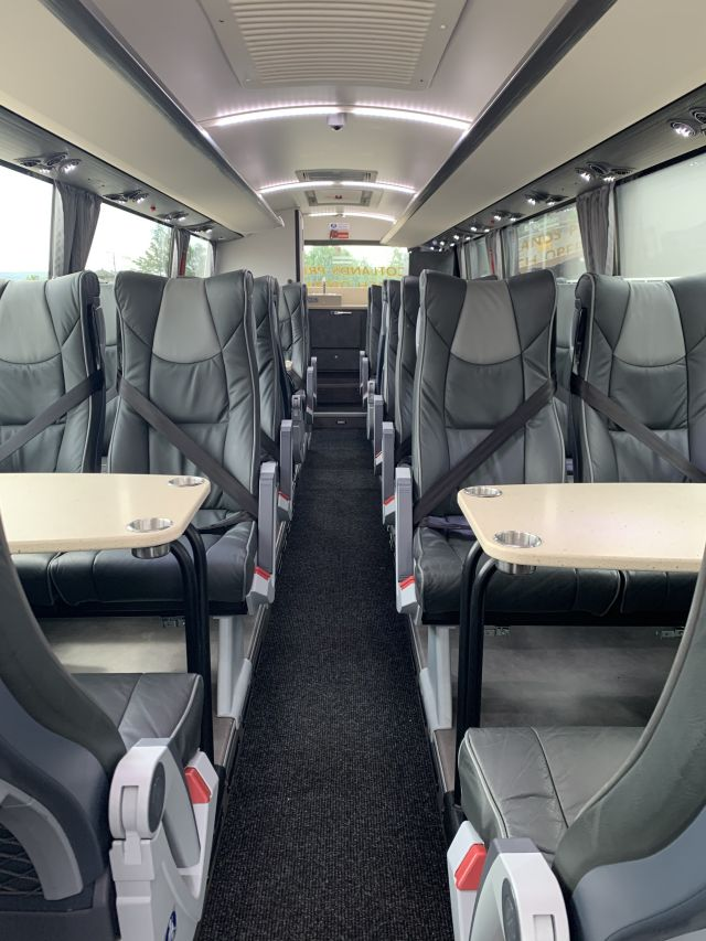 Stationary 30 Seat Platinum Picture 4
