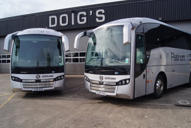 Doigs of Glasgow Airport Transfer Coach Example